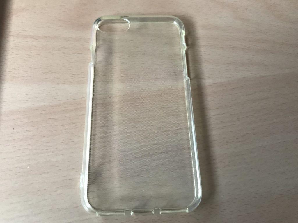 100均のiPhoneケースの画像
