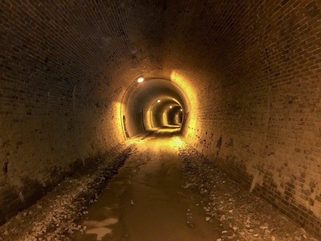 トンネルの写真